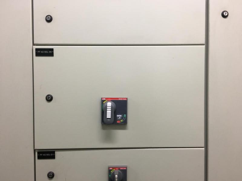Instalações Elétricas de Painéis Elétricos de Comando Salto - Instalação Elétrica de Refletores