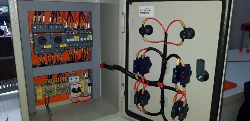 Orçamento de Instalação Elétrica de Intertravamento Vinhedo - Instalação Elétrica de Lâmpadas