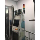 instalação elétrica de painéis de monitoramento
