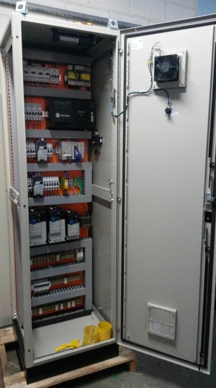 Montagem de Painel de Controles Automáticos Itu - Montagem de Painel com Barramento de Cobre